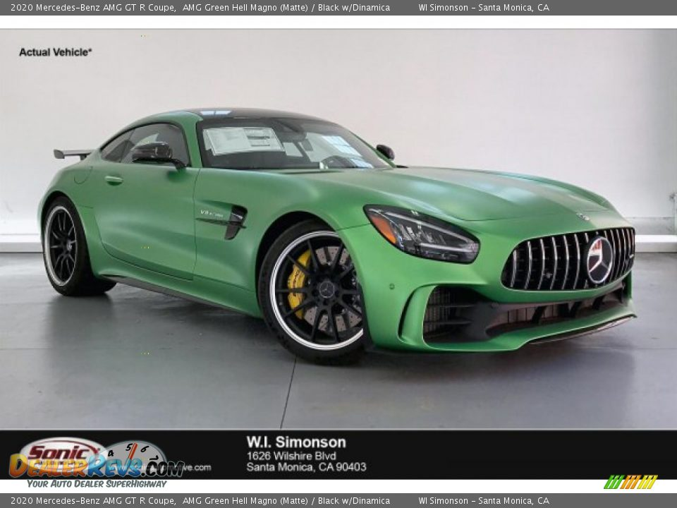 Front 3/4 View of 2020 Mercedes-Benz AMG GT R Coupe Photo #1