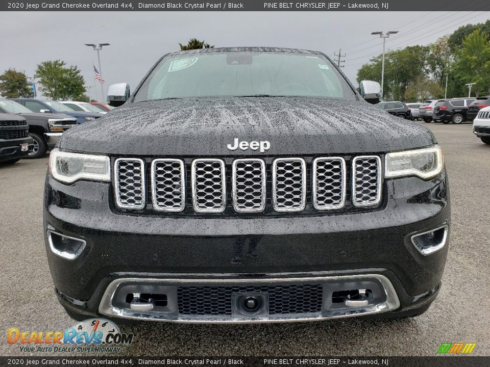 2020 Jeep Grand Cherokee Overland 4x4 Diamond Black Crystal Pearl / Black Photo #2
