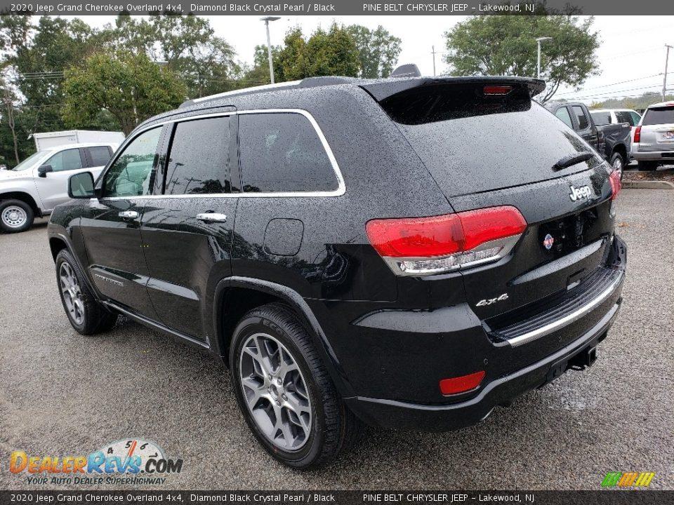 2020 Jeep Grand Cherokee Overland 4x4 Diamond Black Crystal Pearl / Black Photo #4