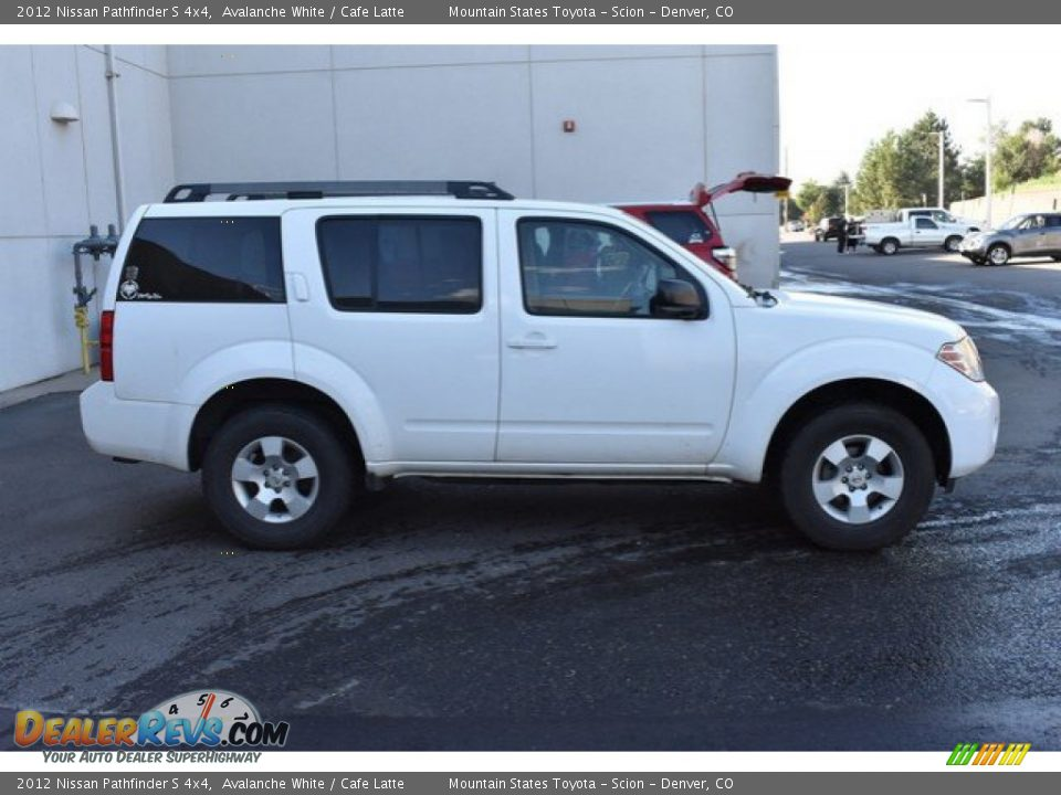2012 Nissan Pathfinder S 4x4 Avalanche White / Cafe Latte Photo #7