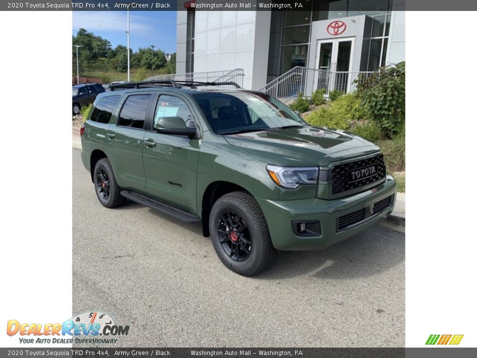 Front 3/4 View of 2020 Toyota Sequoia TRD Pro 4x4 Photo #1