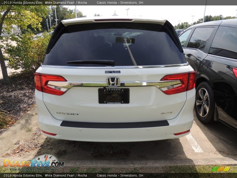 2019 Honda Odyssey Elite White Diamond Pearl / Mocha Photo #5