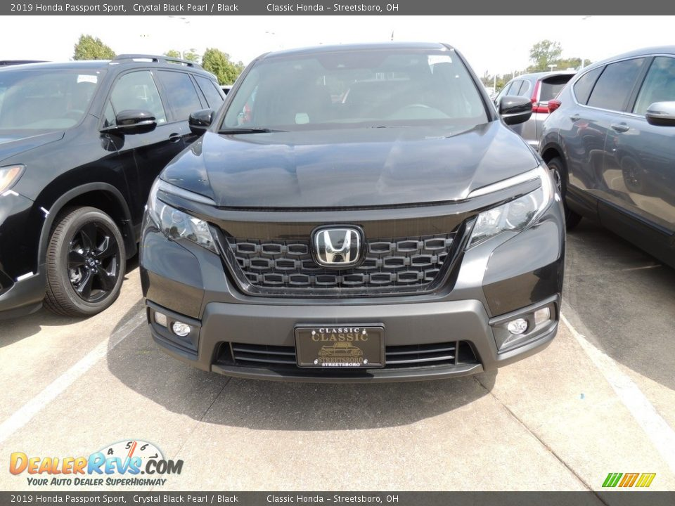 2019 Honda Passport Sport Crystal Black Pearl / Black Photo #2