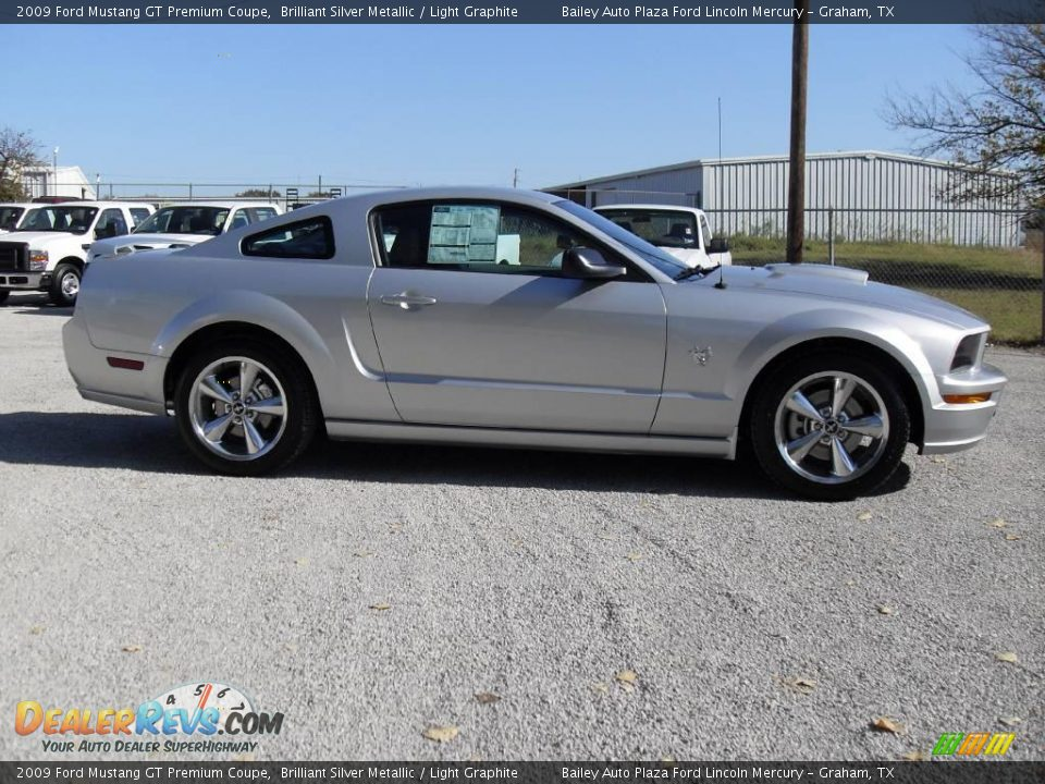 2009 ford mustang gt premium coupe brilliant silver metallic light graphite photo 6. Black Bedroom Furniture Sets. Home Design Ideas