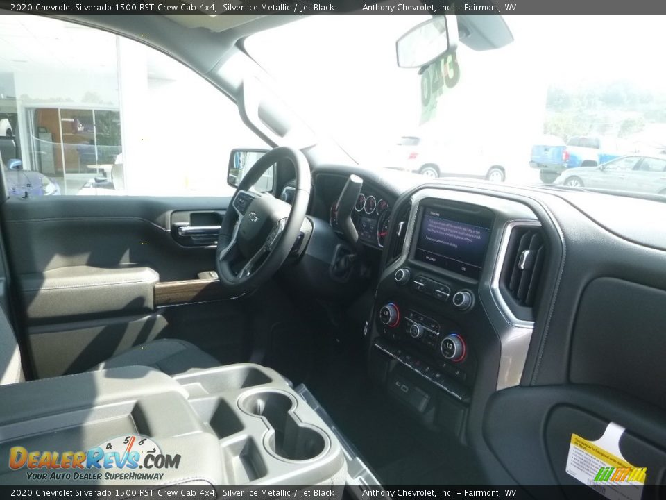 2020 Chevrolet Silverado 1500 RST Crew Cab 4x4 Silver Ice Metallic / Jet Black Photo #9