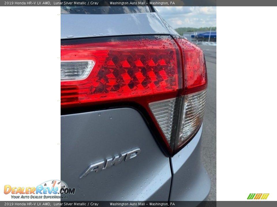 2019 Honda HR-V LX AWD Lunar Silver Metallic / Gray Photo #22