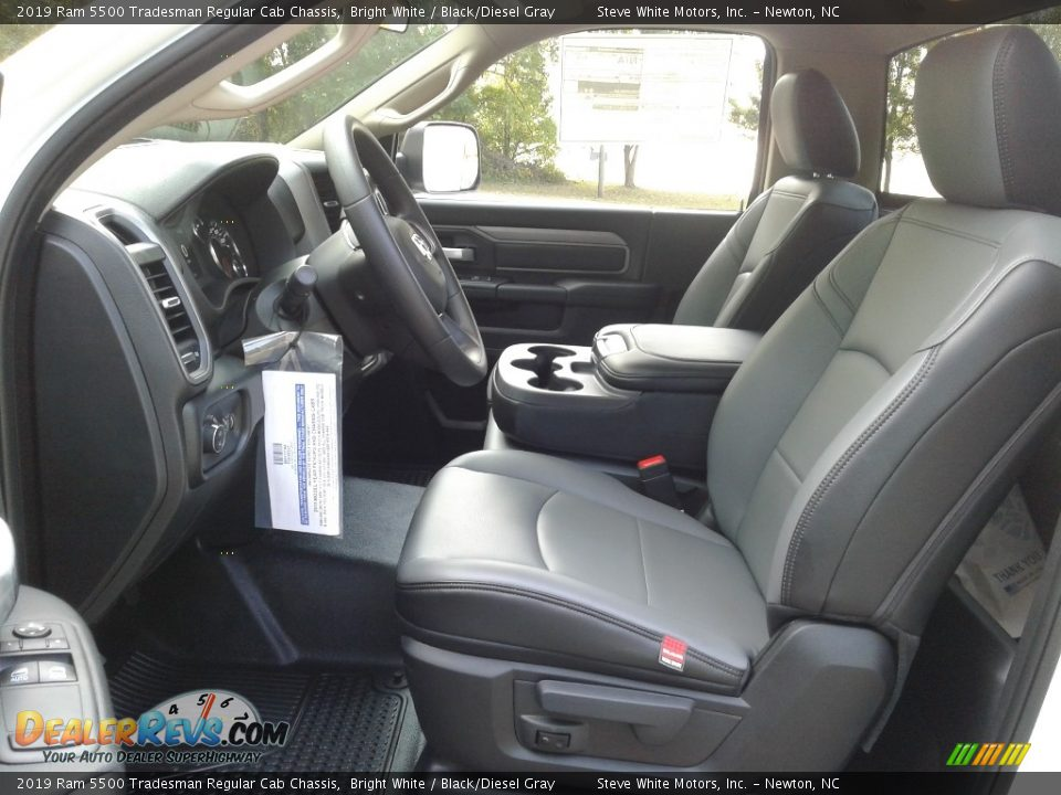 Front Seat of 2019 Ram 5500 Tradesman Regular Cab Chassis Photo #10