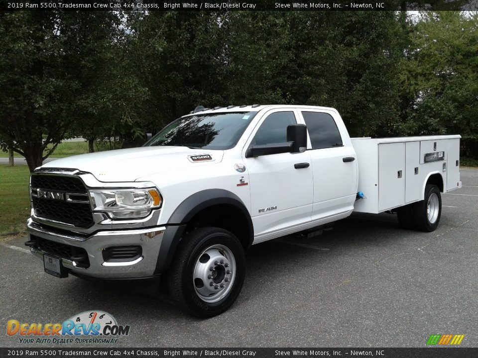 2019 Ram 5500 Tradesman Crew Cab 4x4 Chassis Bright White / Black/Diesel Gray Photo #2