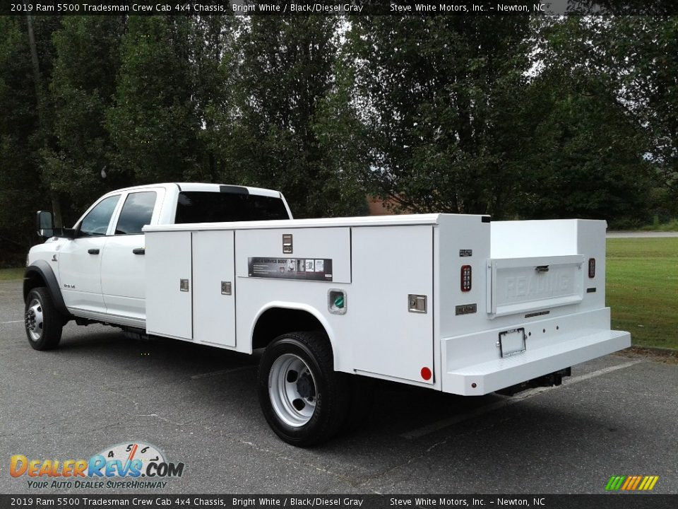 2019 Ram 5500 Tradesman Crew Cab 4x4 Chassis Bright White / Black/Diesel Gray Photo #8