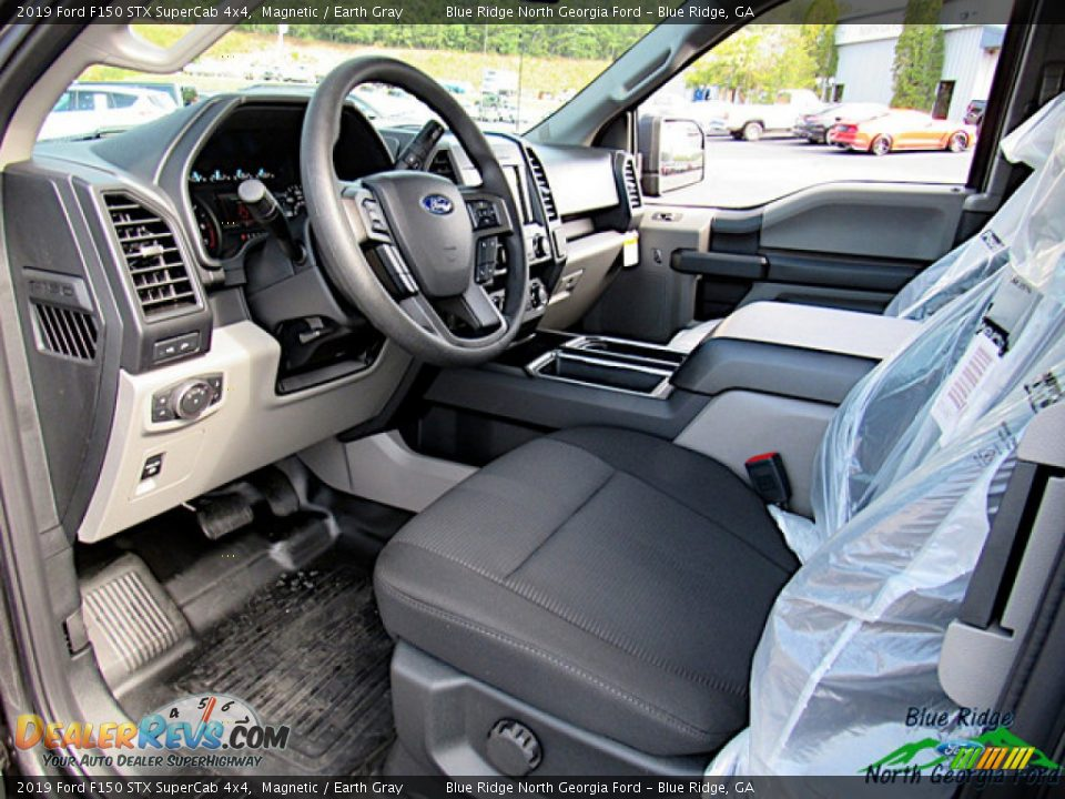 2019 Ford F150 STX SuperCab 4x4 Magnetic / Earth Gray Photo #28