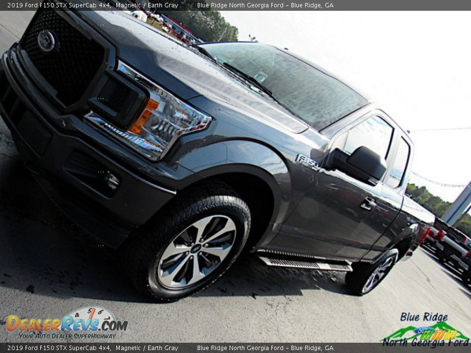 2019 Ford F150 STX SuperCab 4x4 Magnetic / Earth Gray Photo #30