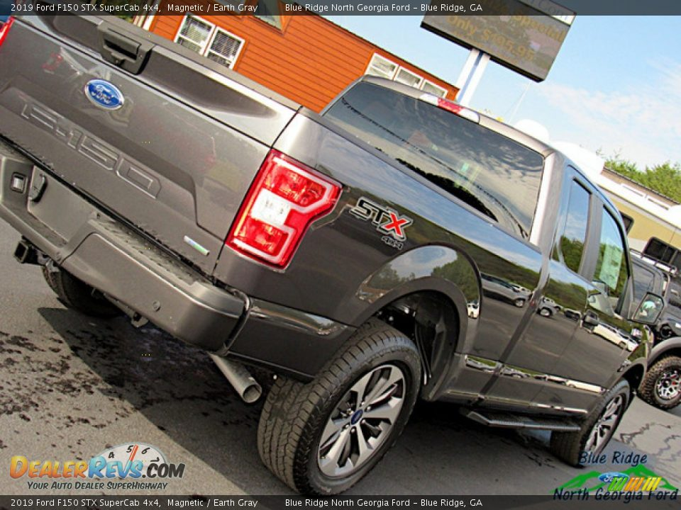 2019 Ford F150 STX SuperCab 4x4 Magnetic / Earth Gray Photo #32