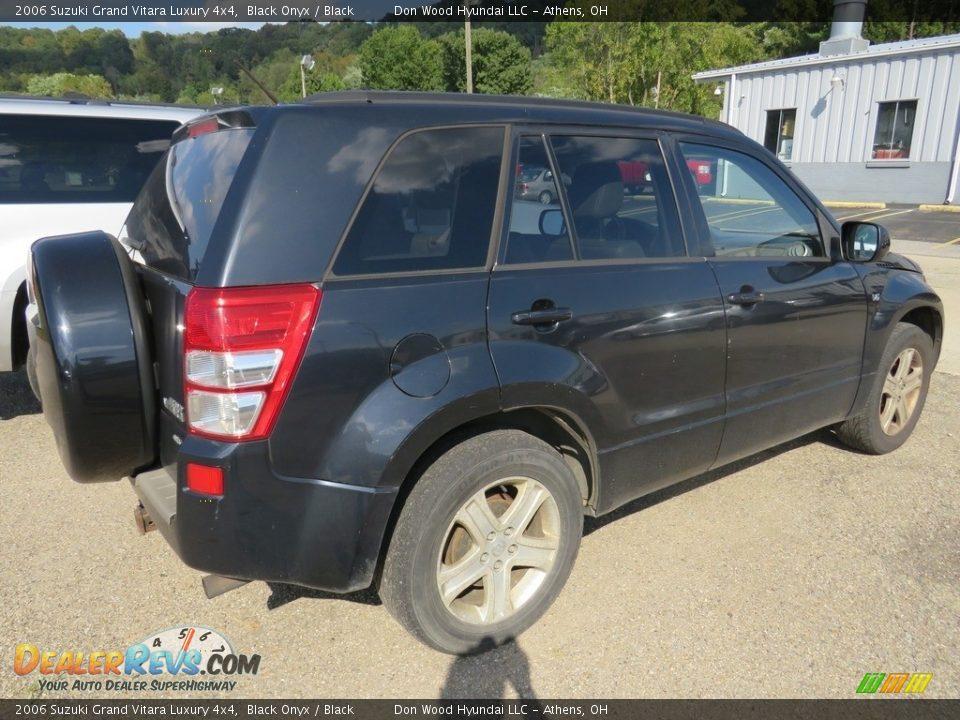 2006 Suzuki Grand Vitara Luxury 4x4 Black Onyx / Black Photo #13