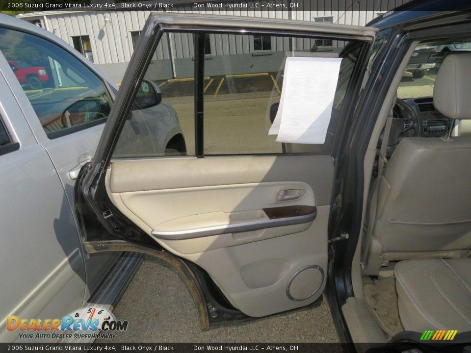 2006 Suzuki Grand Vitara Luxury 4x4 Black Onyx / Black Photo #19