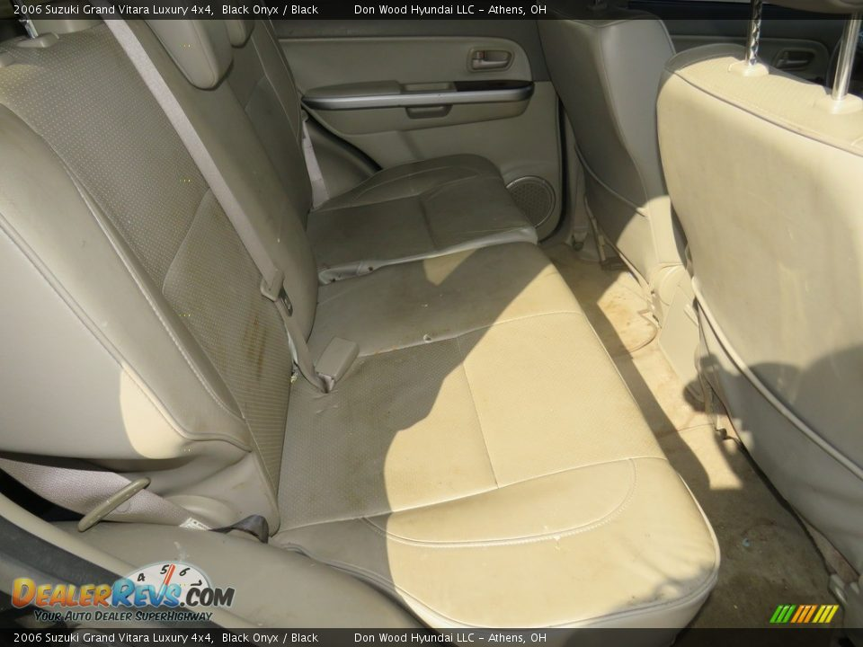 2006 Suzuki Grand Vitara Luxury 4x4 Black Onyx / Black Photo #22