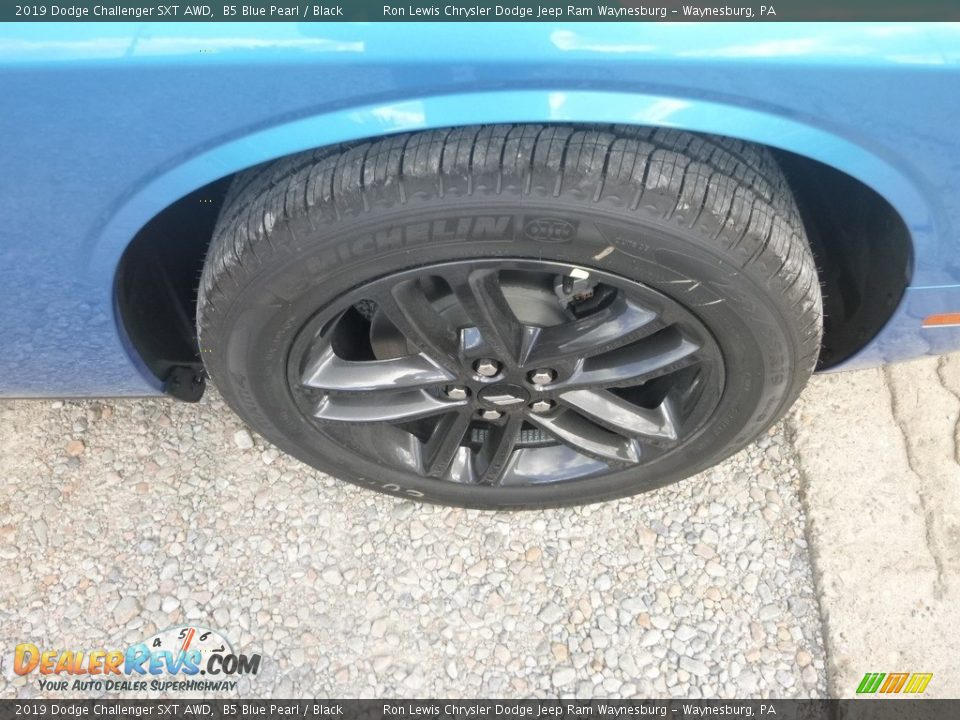 2019 Dodge Challenger SXT AWD B5 Blue Pearl / Black Photo #10