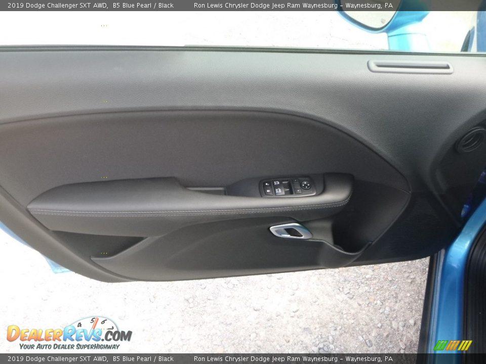 2019 Dodge Challenger SXT AWD B5 Blue Pearl / Black Photo #15