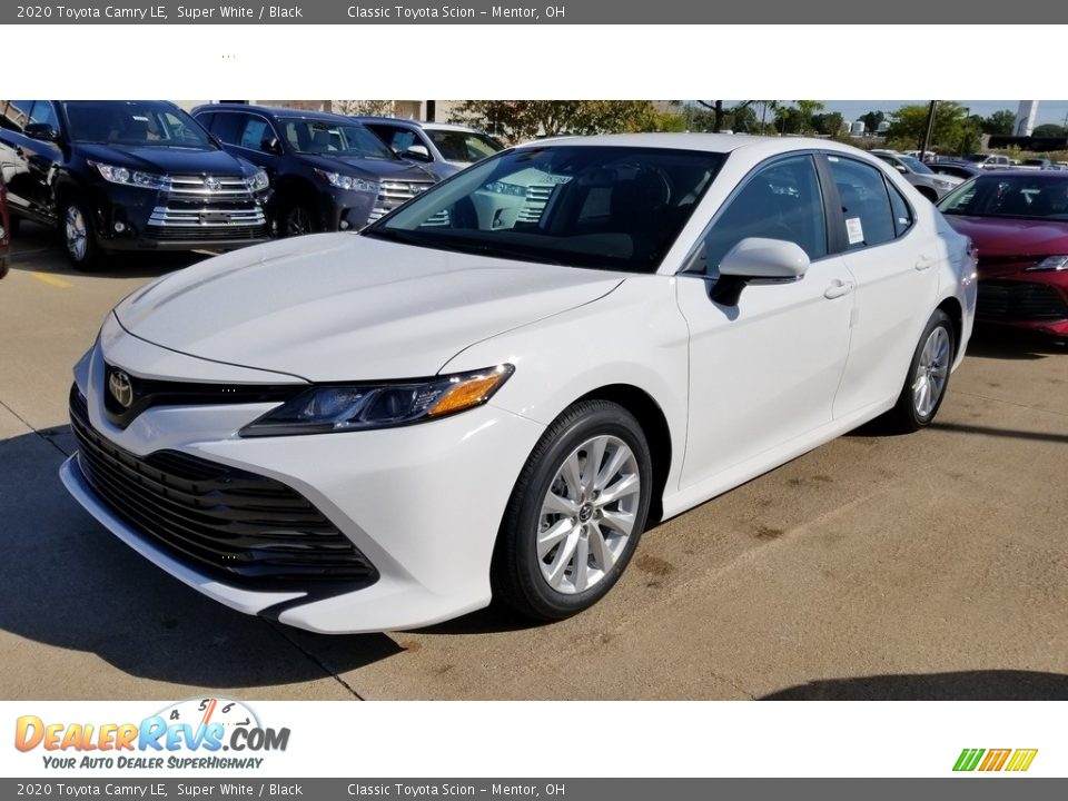 2020 Toyota Camry LE Super White / Black Photo #1