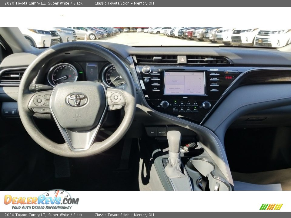 2020 Toyota Camry LE Super White / Black Photo #4
