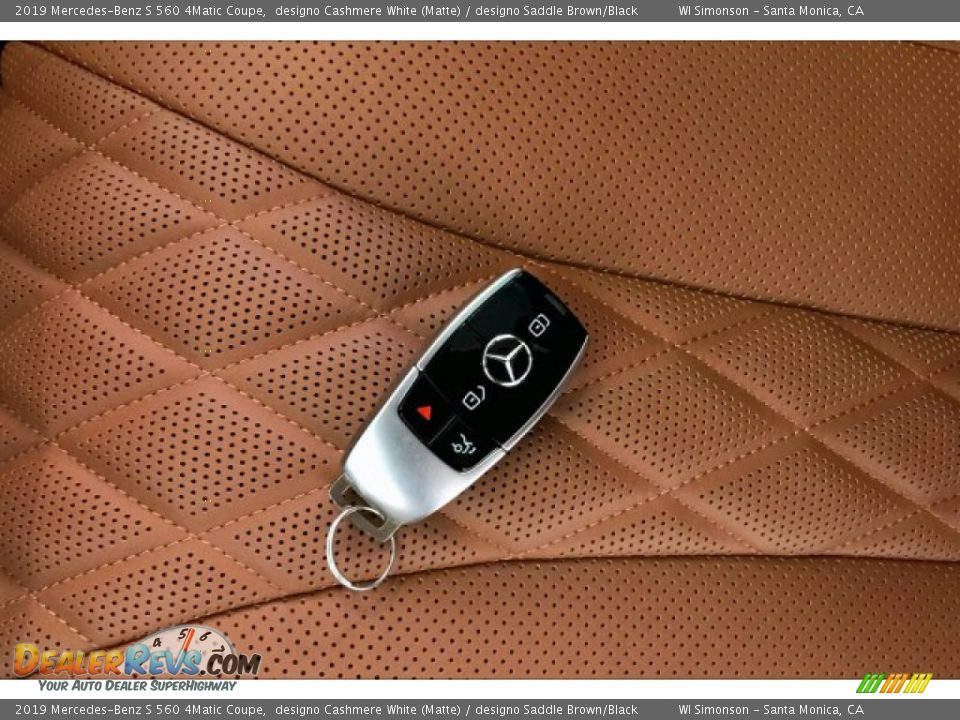 Keys of 2019 Mercedes-Benz S 560 4Matic Coupe Photo #11