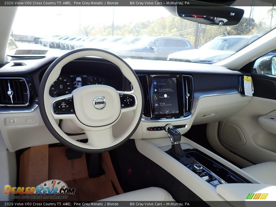 Front Seat of 2020 Volvo V60 Cross Country T5 AWD Photo #9