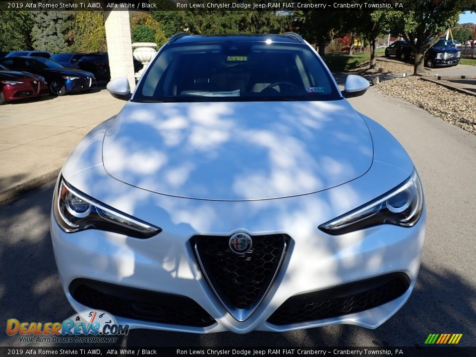 2019 Alfa Romeo Stelvio Ti AWD Alfa White / Black Photo #12