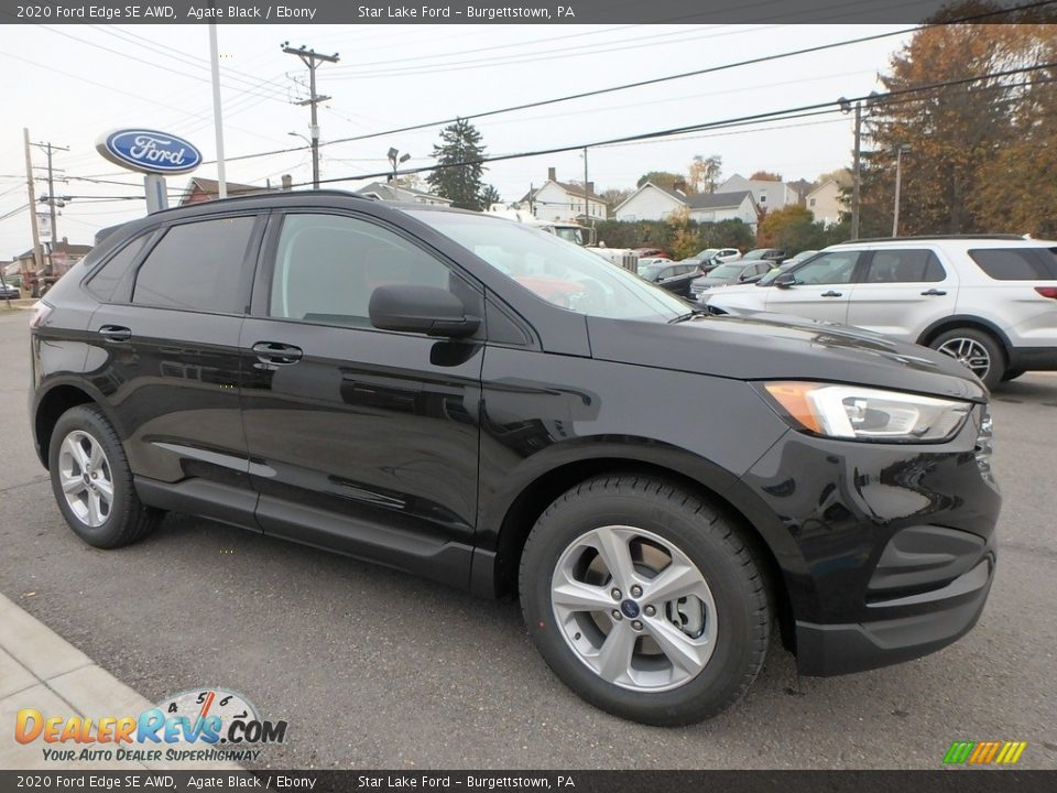 Front 3/4 View of 2020 Ford Edge SE AWD Photo #3