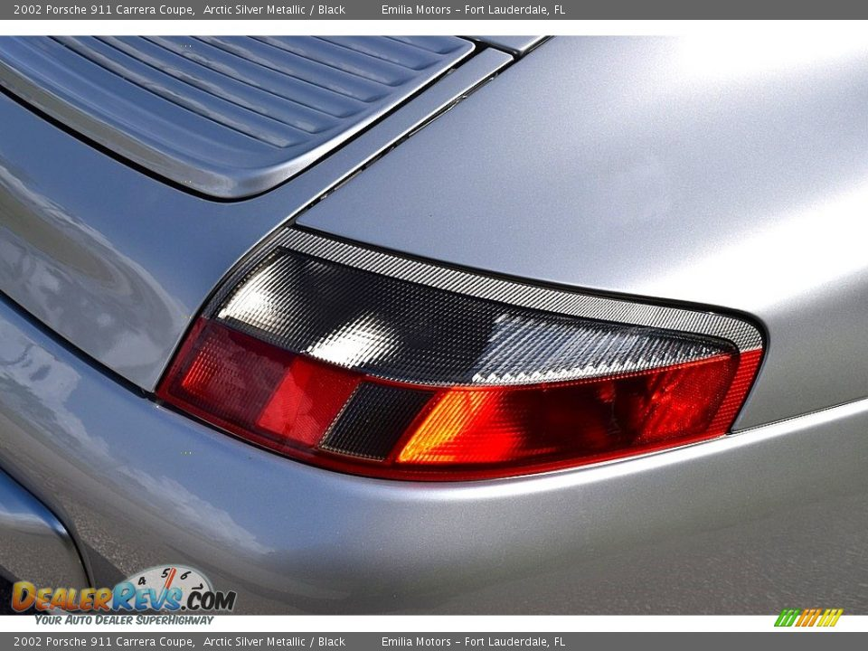 2002 Porsche 911 Carrera Coupe Arctic Silver Metallic / Black Photo #28