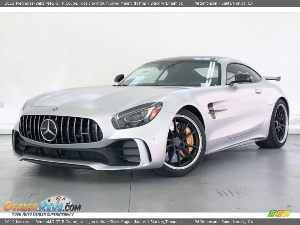 Front 3/4 View of 2019 Mercedes-Benz AMG GT R Coupe Photo #11