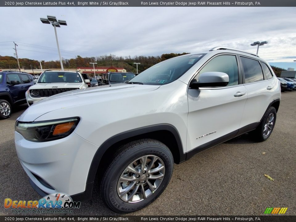 2020 Jeep Cherokee Latitude Plus 4x4 Bright White / Ski Gray/Black Photo #1