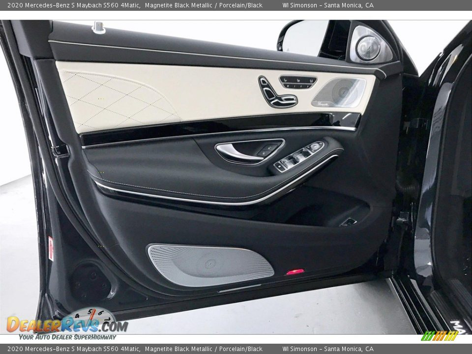Door Panel of 2020 Mercedes-Benz S Maybach S560 4Matic Photo #25