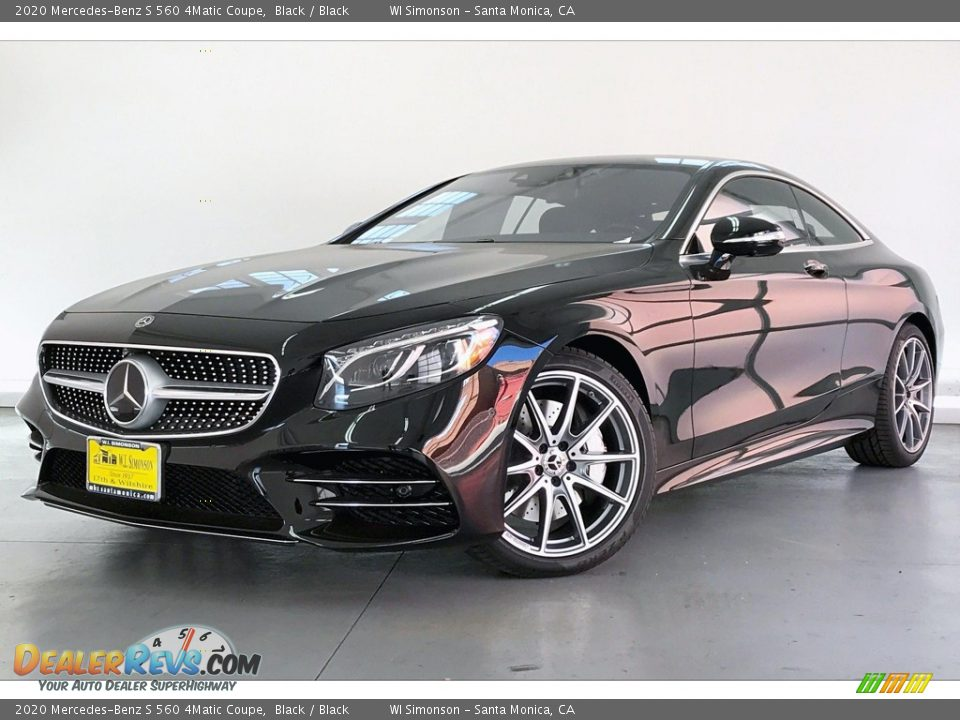 Front 3/4 View of 2020 Mercedes-Benz S 560 4Matic Coupe Photo #12