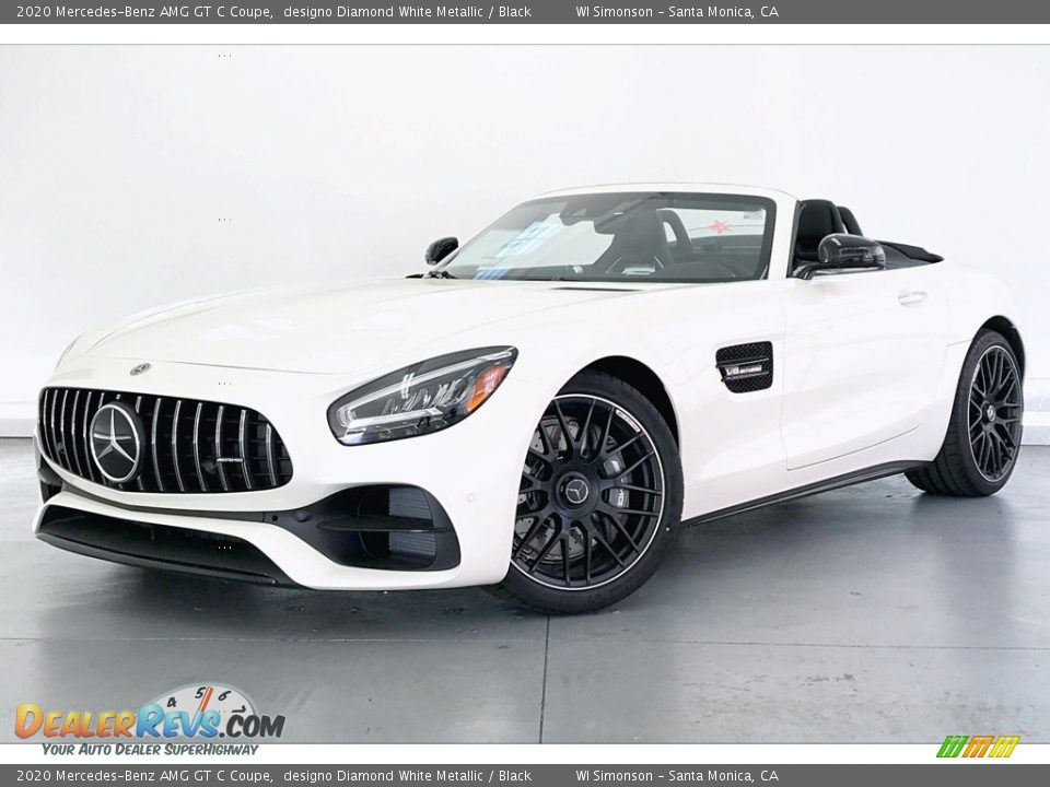 Front 3/4 View of 2020 Mercedes-Benz AMG GT C Coupe Photo #12