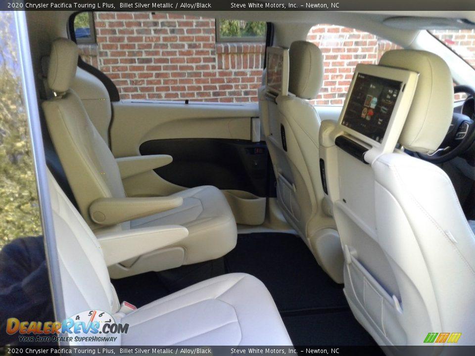 2020 Chrysler Pacifica Touring L Plus Billet Silver Metallic / Alloy/Black Photo #17