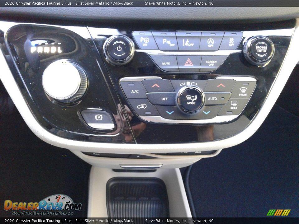2020 Chrysler Pacifica Touring L Plus Billet Silver Metallic / Alloy/Black Photo #32