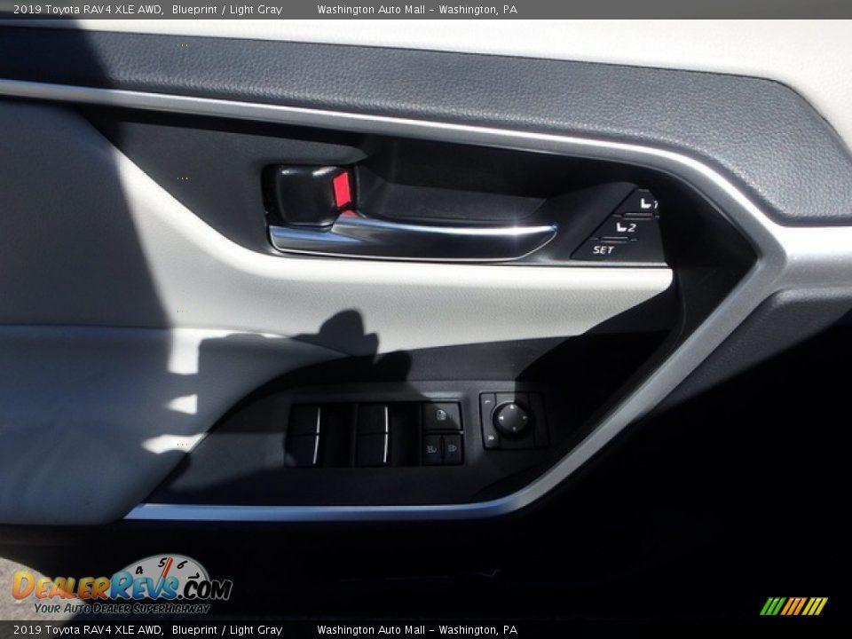 2019 Toyota RAV4 XLE AWD Blueprint / Light Gray Photo #14