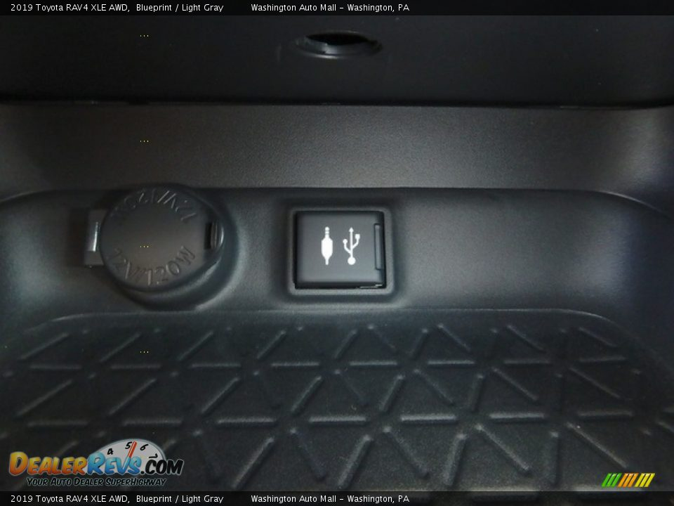 2019 Toyota RAV4 XLE AWD Blueprint / Light Gray Photo #20