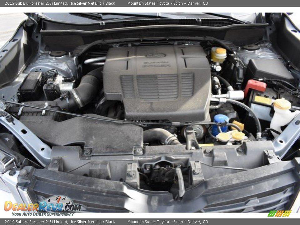 2019 Subaru Forester 2.5i Limited Ice Silver Metallic / Black Photo #9