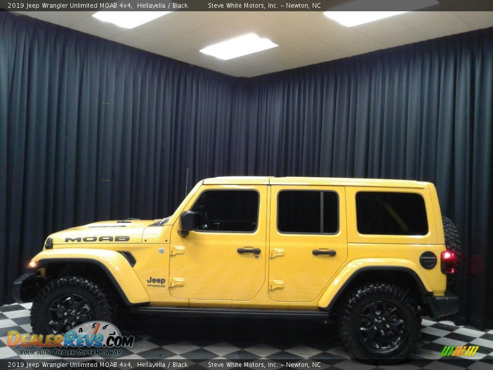 2019 Jeep Wrangler Unlimited MOAB 4x4 Hellayella / Black Photo #1