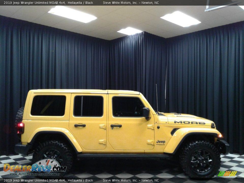 Hellayella 2019 Jeep Wrangler Unlimited MOAB 4x4 Photo #5