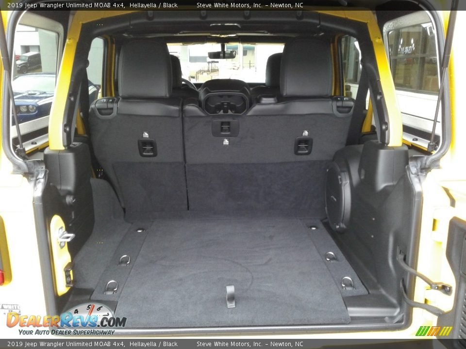 2019 Jeep Wrangler Unlimited MOAB 4x4 Trunk Photo #12