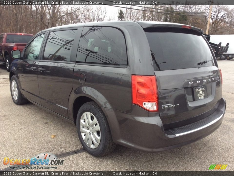 2019 Dodge Grand Caravan SE Granite Pearl / Black/Light Graystone Photo #7