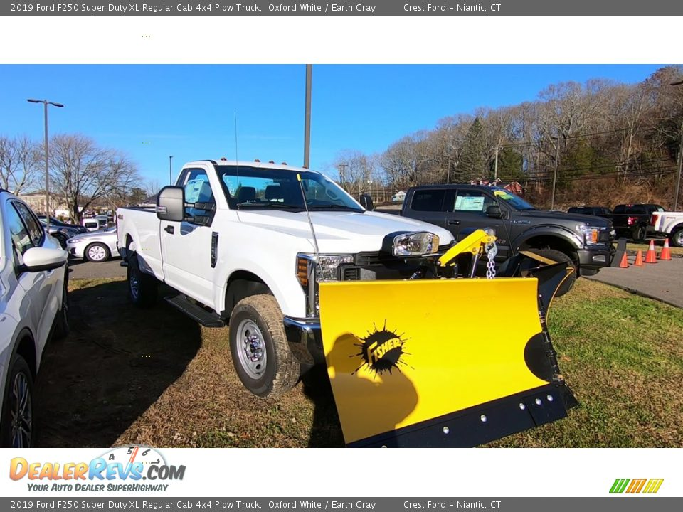 Front 3/4 View of 2019 Ford F250 Super Duty XL Regular Cab 4x4 Plow Truck Photo #1
