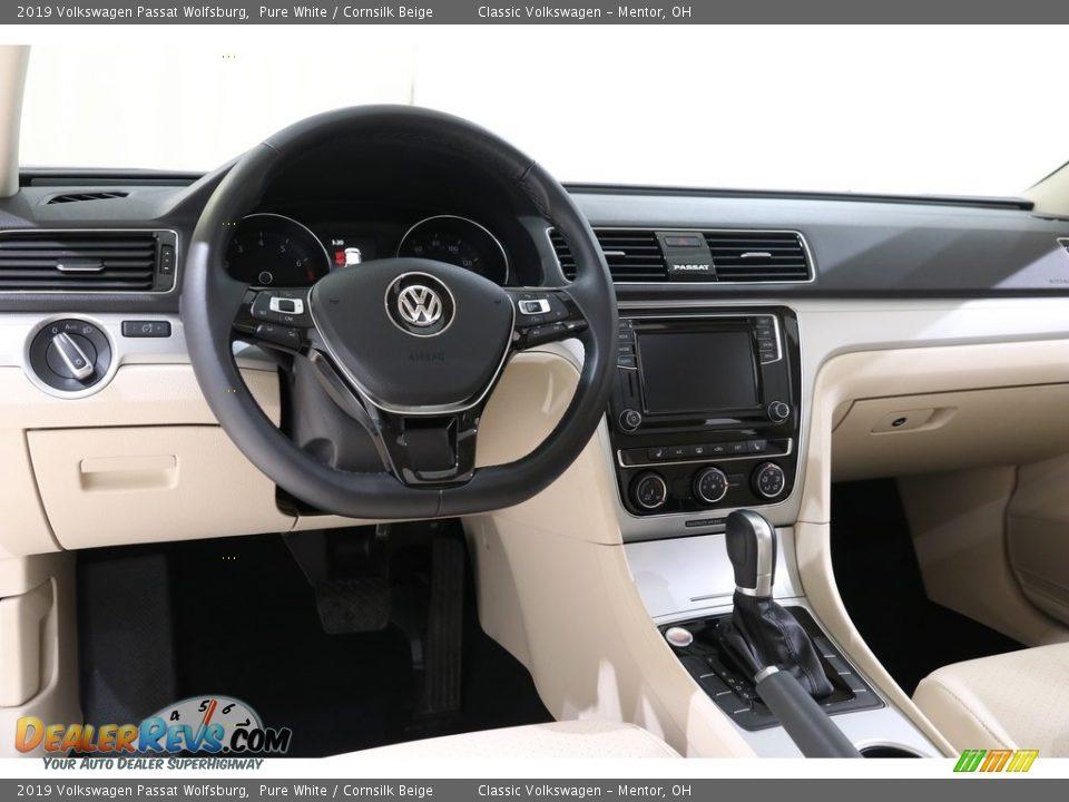 Dashboard of 2019 Volkswagen Passat Wolfsburg Photo #6