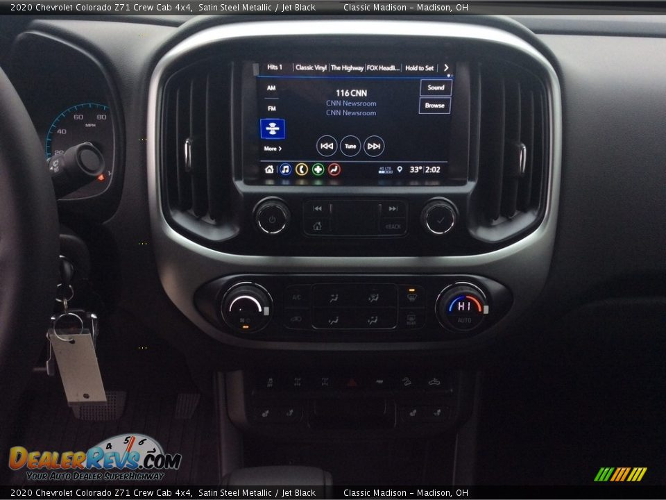 Controls of 2020 Chevrolet Colorado Z71 Crew Cab 4x4 Photo #14