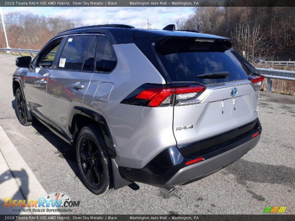 2019 Toyota RAV4 XSE AWD Hybrid Silver Sky Metallic / Black Photo #2