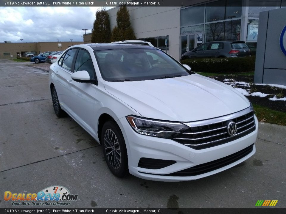 2019 Volkswagen Jetta SE Pure White / Titan Black Photo #1