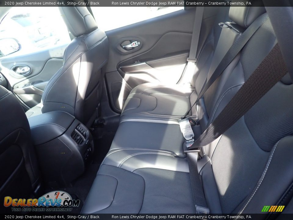 2020 Jeep Cherokee Limited 4x4 Sting-Gray / Black Photo #12