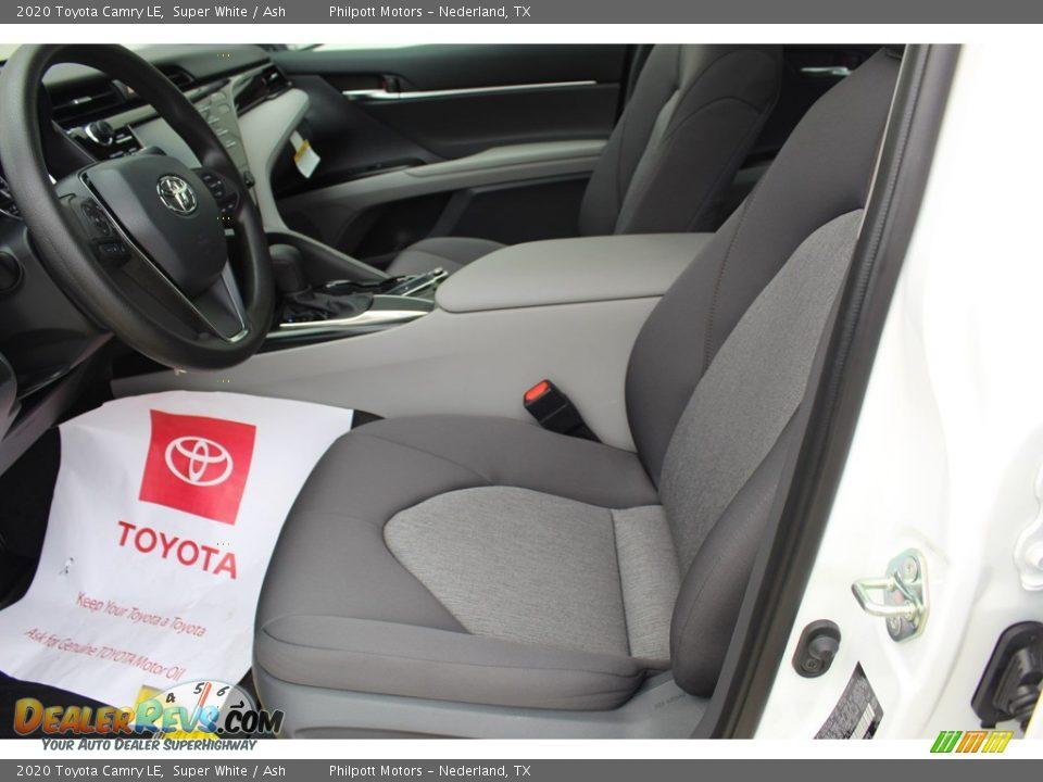 2020 Toyota Camry LE Super White / Ash Photo #10
