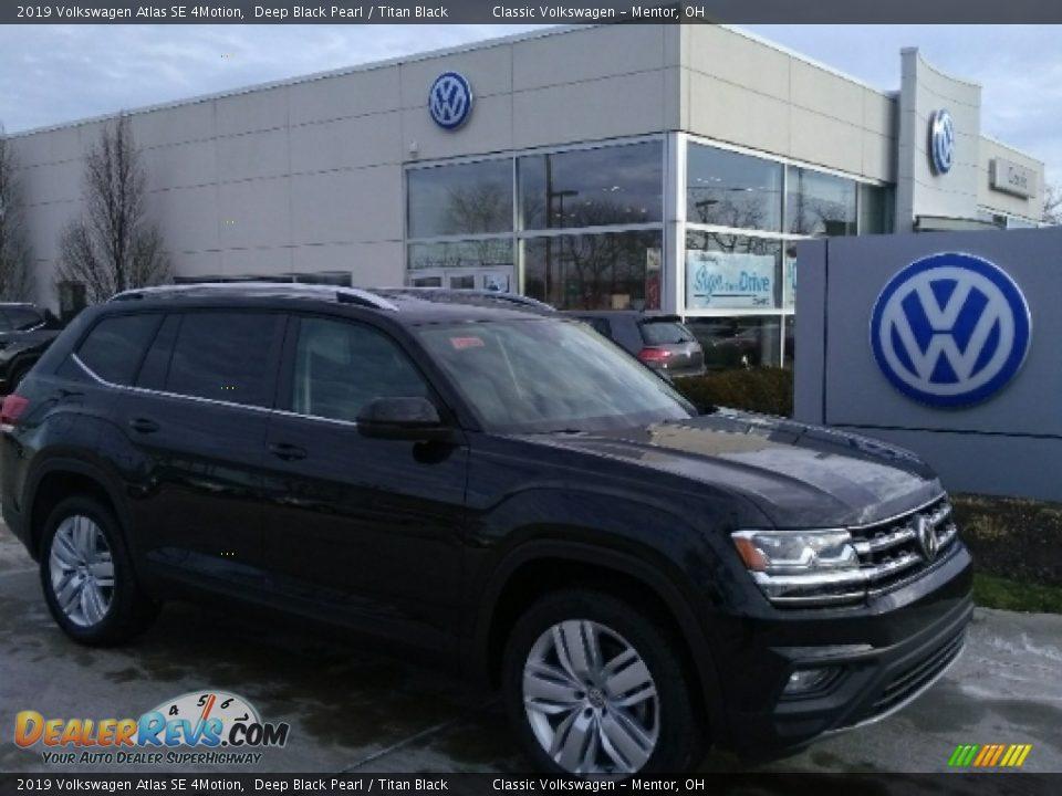 2019 Volkswagen Atlas SE 4Motion Deep Black Pearl / Titan Black Photo #1